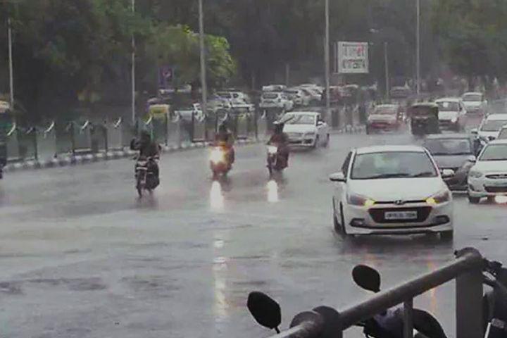 Heavy rain in Delhi NCR