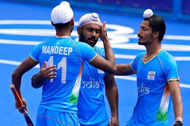 India beat Spain in the third hockey match
