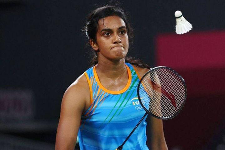 PV Sindhu storms into quarter-finals
