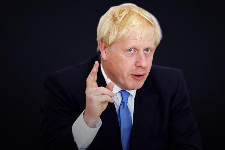 UK lifts quarantine for US, EU travellers