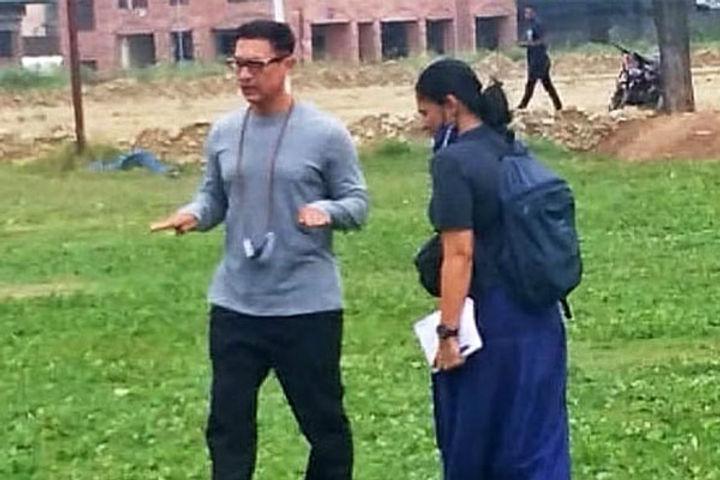 Aamir Khan Reaches Amar Singh College In Srinagar