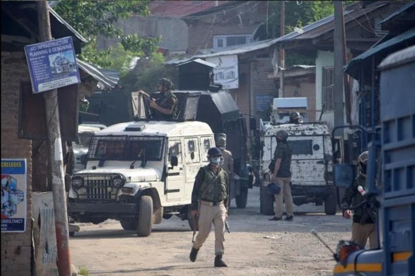 Encounter between security forces and militants