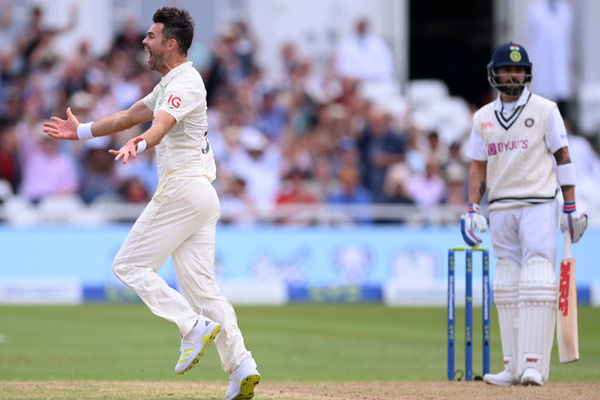james anderson made a big record as soon as virat kohli was dismissed for a golden duck