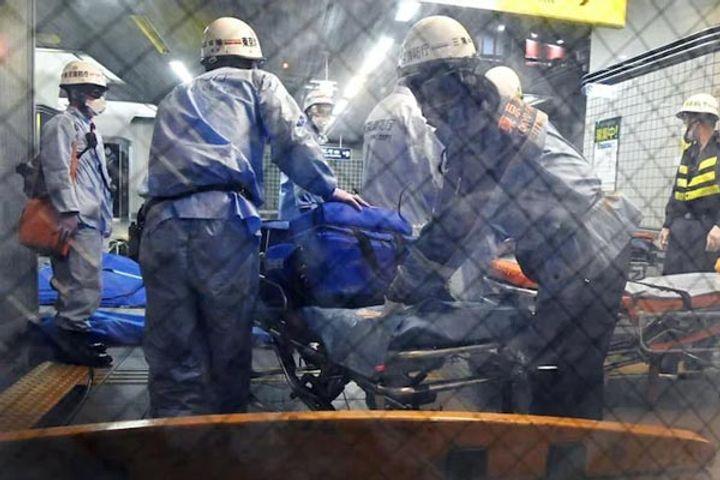 10 passengers injured in stabbings