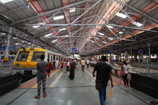 Mumbai Police gets bomb threat call