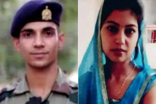 After the death of the soldier husband posted in Kashmir the wife also committed suicide by hanging