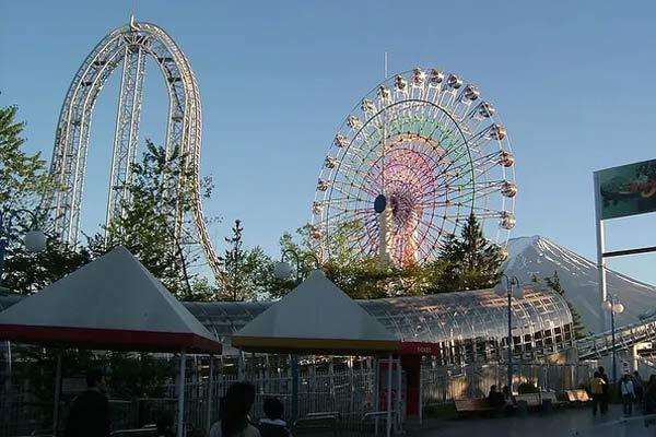 World's fastest rollercoaster shuts