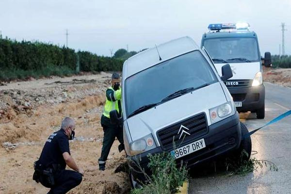 Storm wreaks havoc in Spain, city floods, power and rail services disrupted