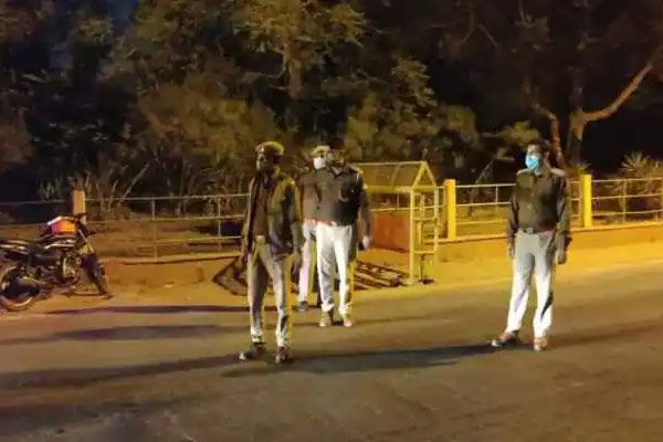 Night curfew in Gujarat will be from 11 pm to 6 am in 8 major cities