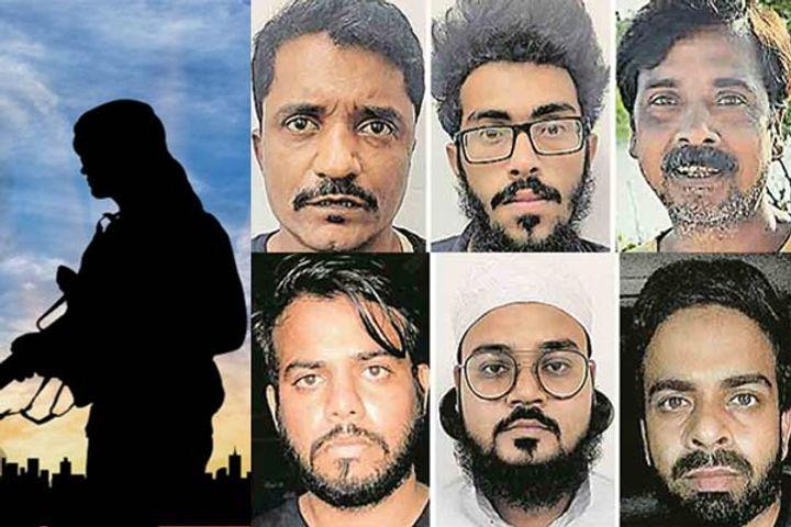 6 terrorists arrested