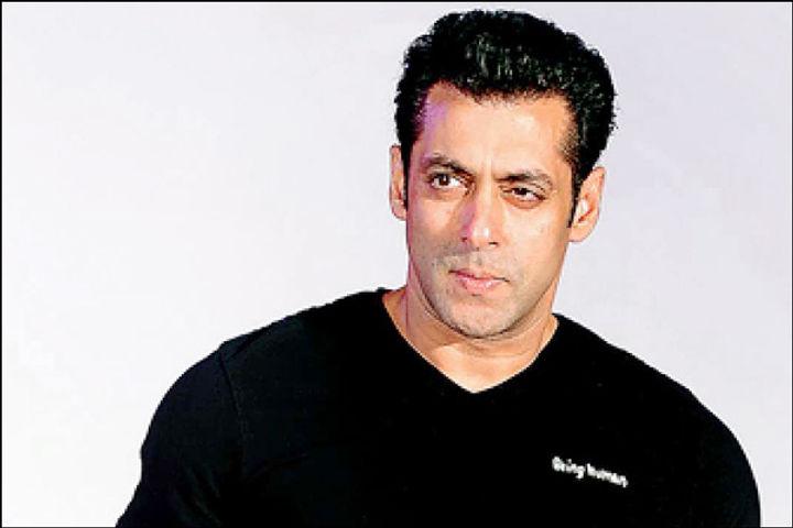 Salman Khan starrer Antim may release in theaters on Dussehra