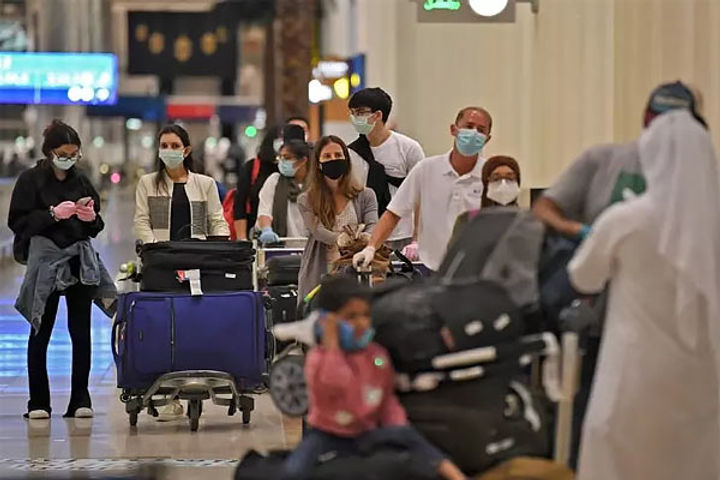 uk eases rules for vaccinated travellers some benefit for india uk route