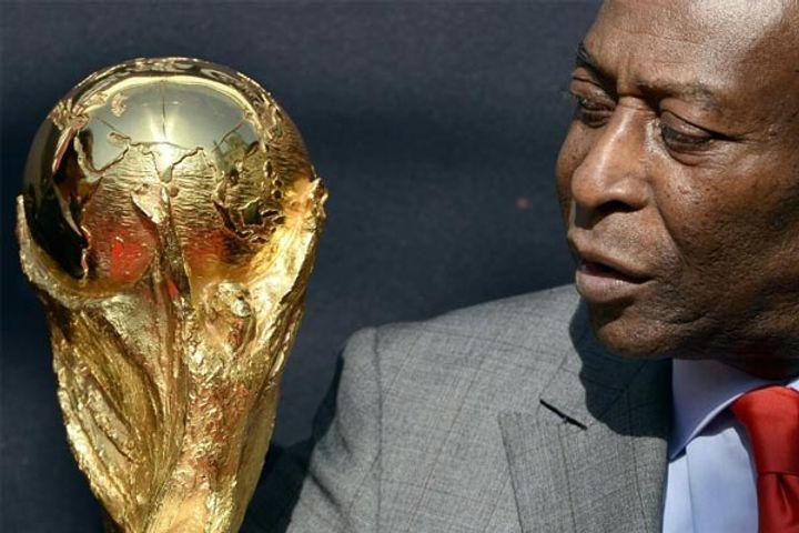 Football legend Pele hospitalized again