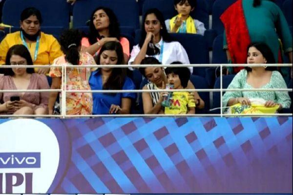 Chennai Super Kings lose to Delhi Capitals